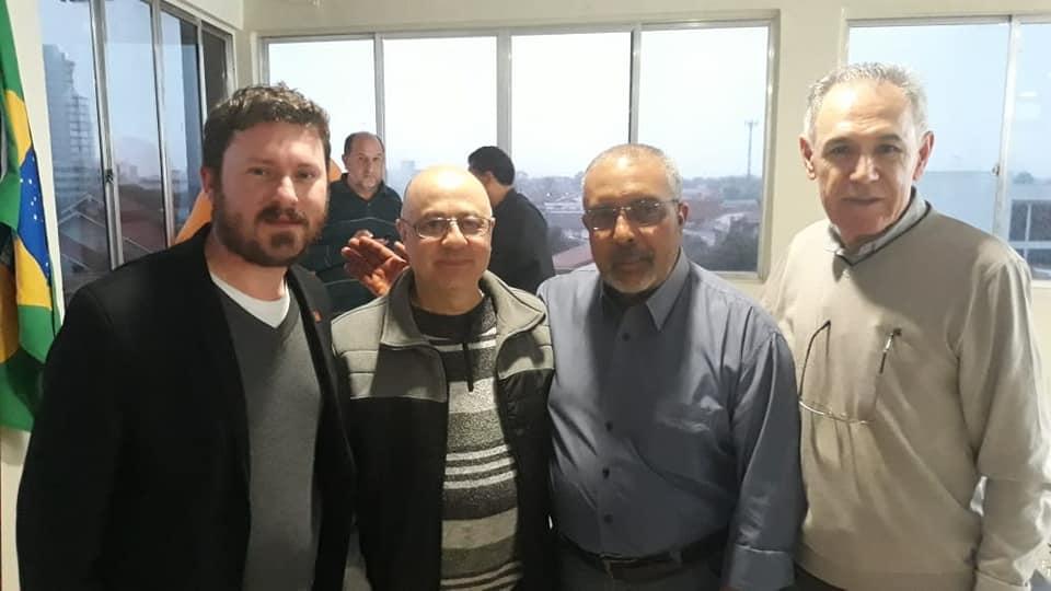 Sindicato se reúne com Senador Paulo Paim